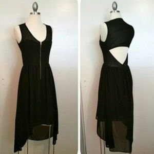 Sexy black dress exposed front zipper